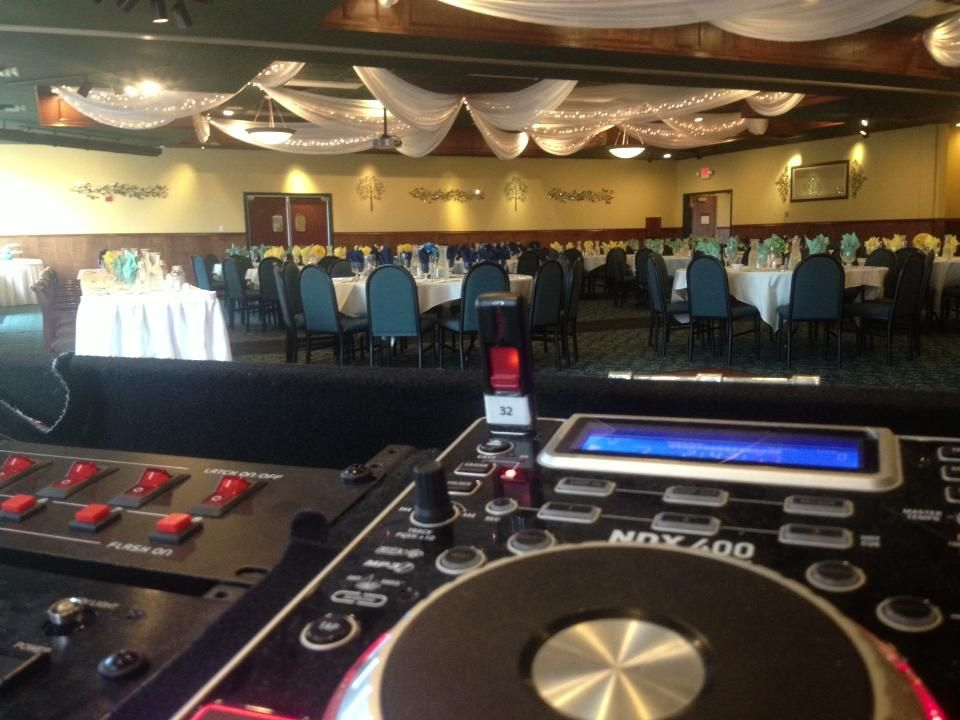 Rockwoods Banquet Hall on 7-20-2013 #WeddingDJ : http://www.rockwoodsgrill.com/content/banquets-weddings-meetings/