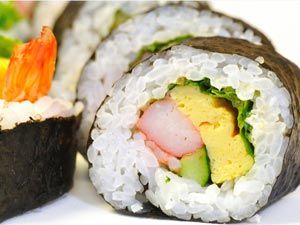 Easy sushi with rice salmon recipe easy sushi recipes sushi easy sushi with rice salmon recipe forumfinder Image collections
