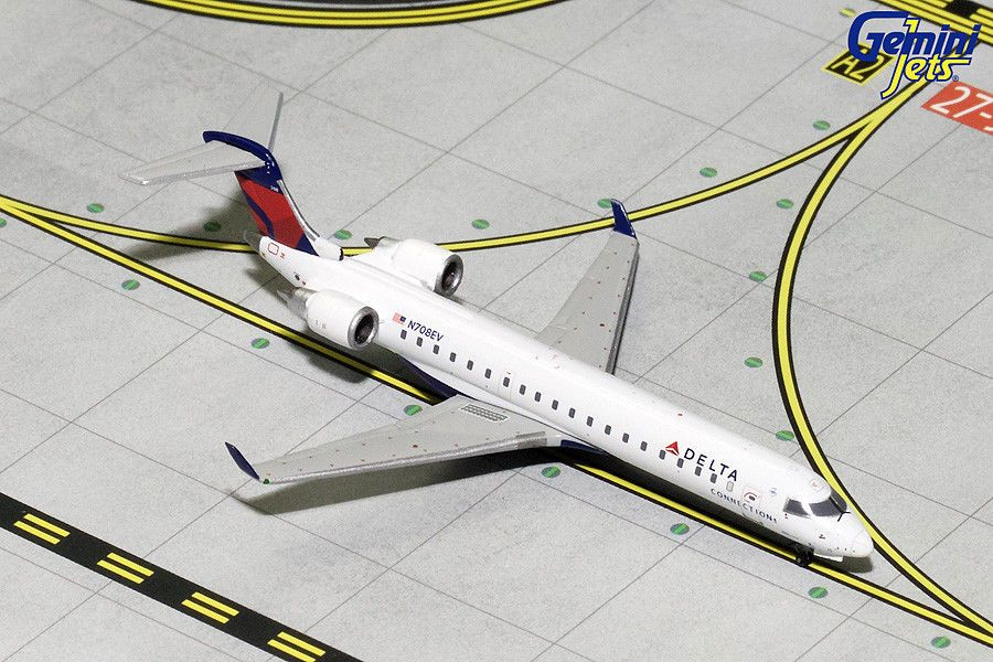 Aircraft And Spacecraft 180268 Delta Connection Bombardier Crj 700 N708ev Gemini Jets Gjdal1735 Scale 1 400 Delta Connection Model Planes Passenger Aircraft