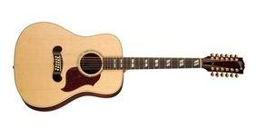 Gibson Songwriter Deluxe 12-string - Antique Natural    Kanskje på tide å bytte ut min gamle Ibanez...