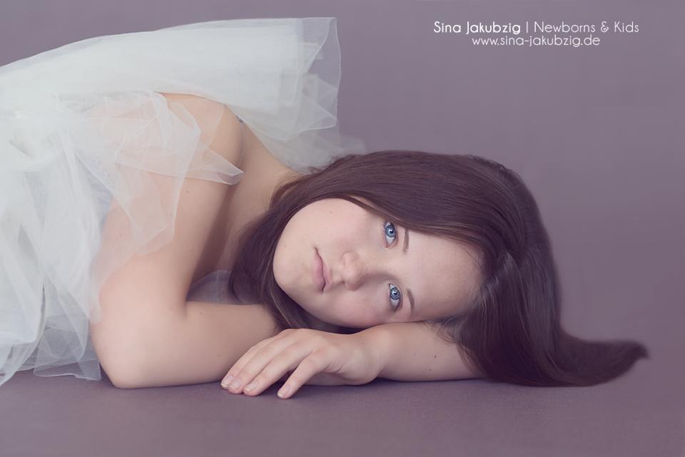 Fine Art portrait photography by Sina Jakubzig