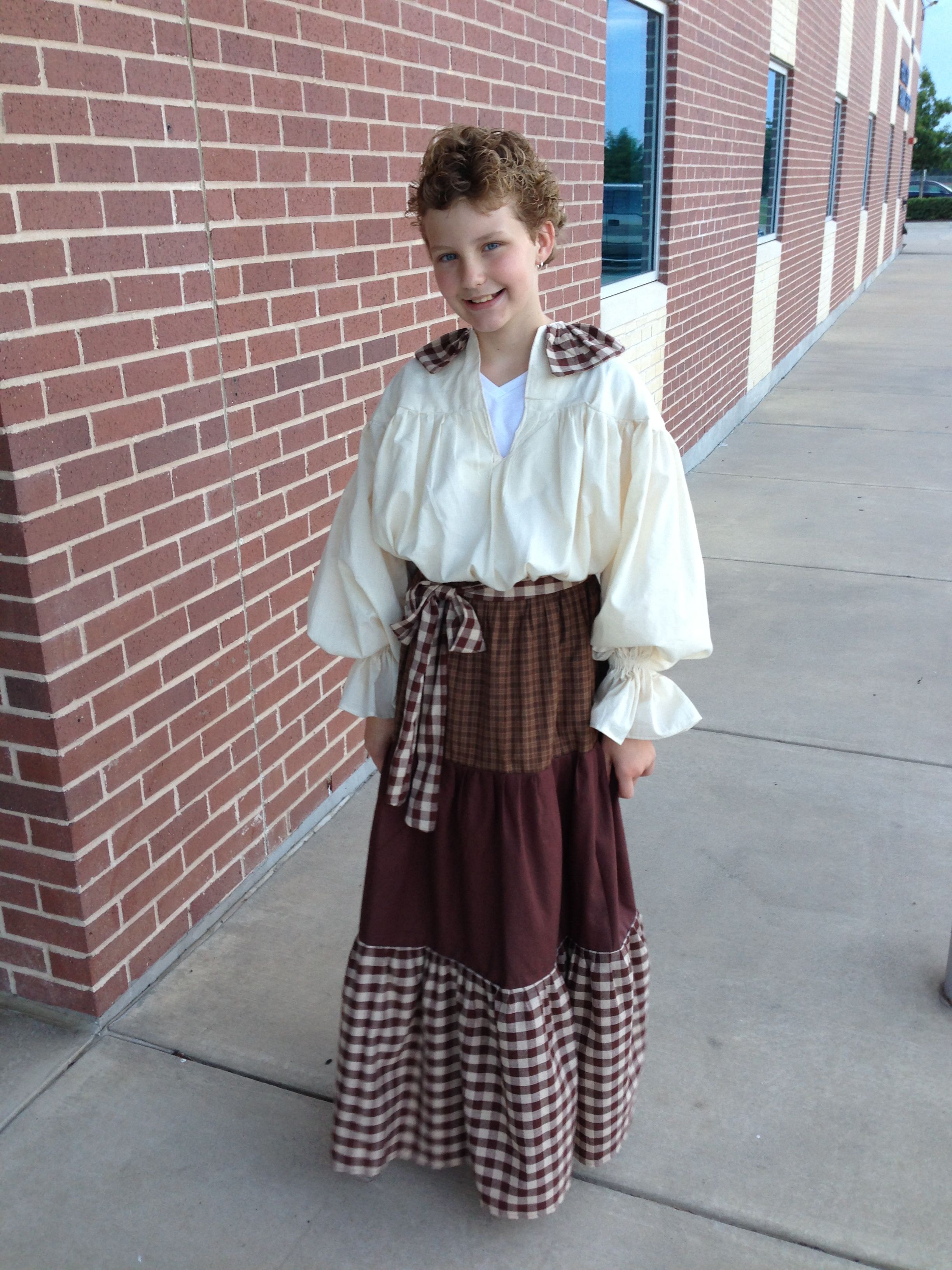 1800's outfit for school project