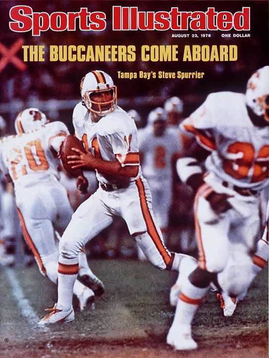 5281e6712 Steve Spurrier QB of the Tampa Bay Buccaneers 1976 Sports Illustrated cover