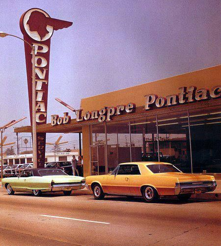 pontiac dealership bowties and crossed flags only pinterest cars vintage cars and classic. Black Bedroom Furniture Sets. Home Design Ideas