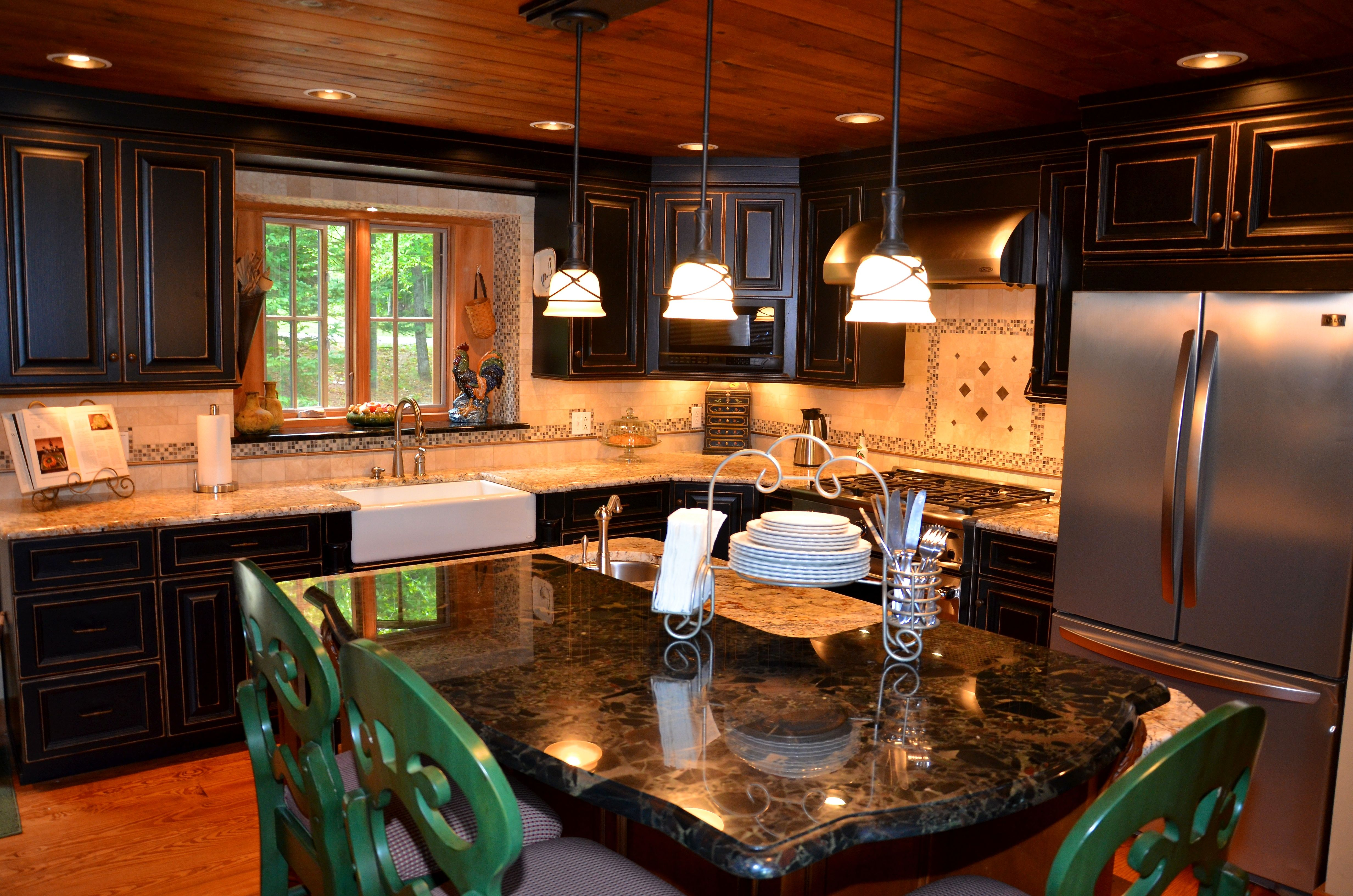 Gold & Silver Granite Countertop with black cabinets ... on Maple Kitchen Cabinets With Black Granite Countertops  id=22565