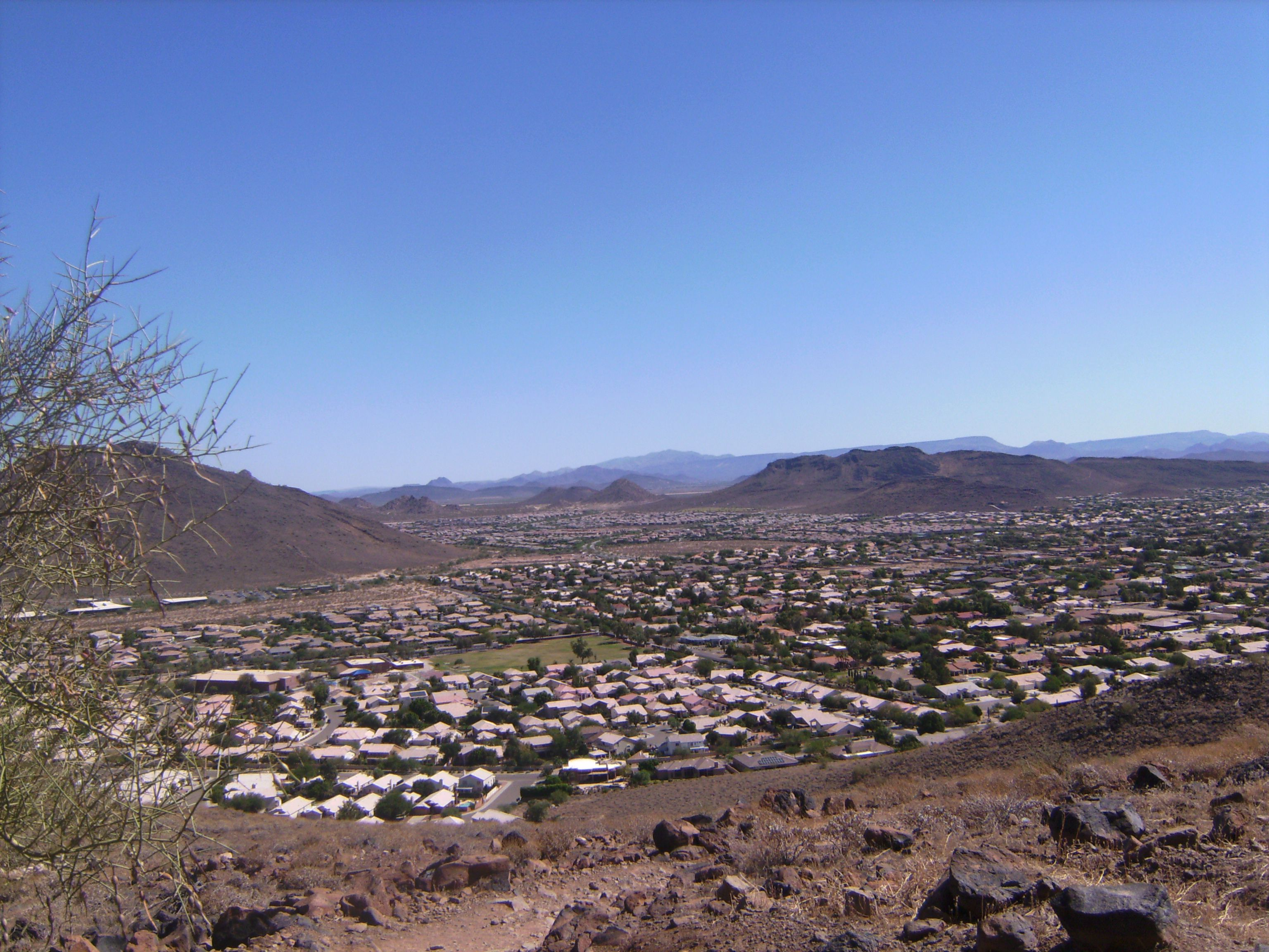 Thunderbird Mountain Mountains, Natural landmarks, El paso