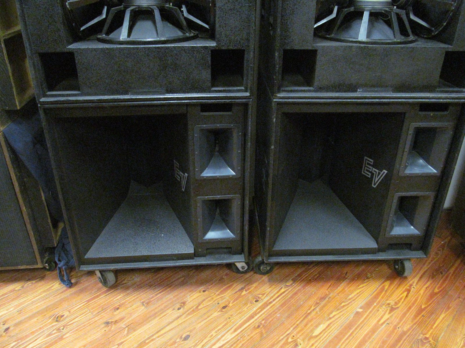Electro Voice Racks And Stacks Legendary Mt4 Sound System Subs