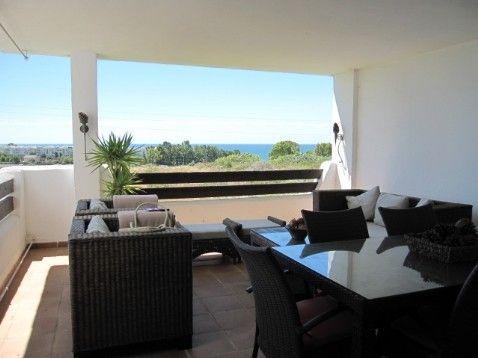Property for Sale in Selwo (Costa del Sol) | R854793