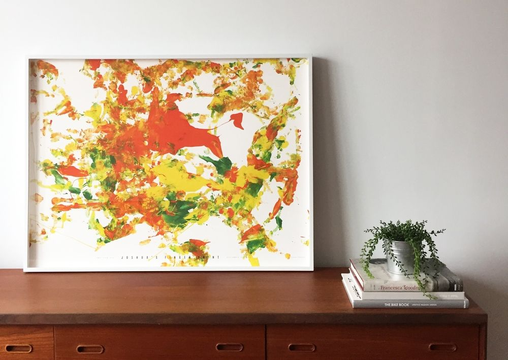 Your child's art sublimated and super-sized! An original decorative object or the perfect family gift. Everything just well framed.
