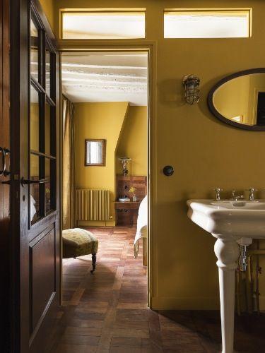 Love the warm yellow | Interiörer, Gula väggar, Interiör