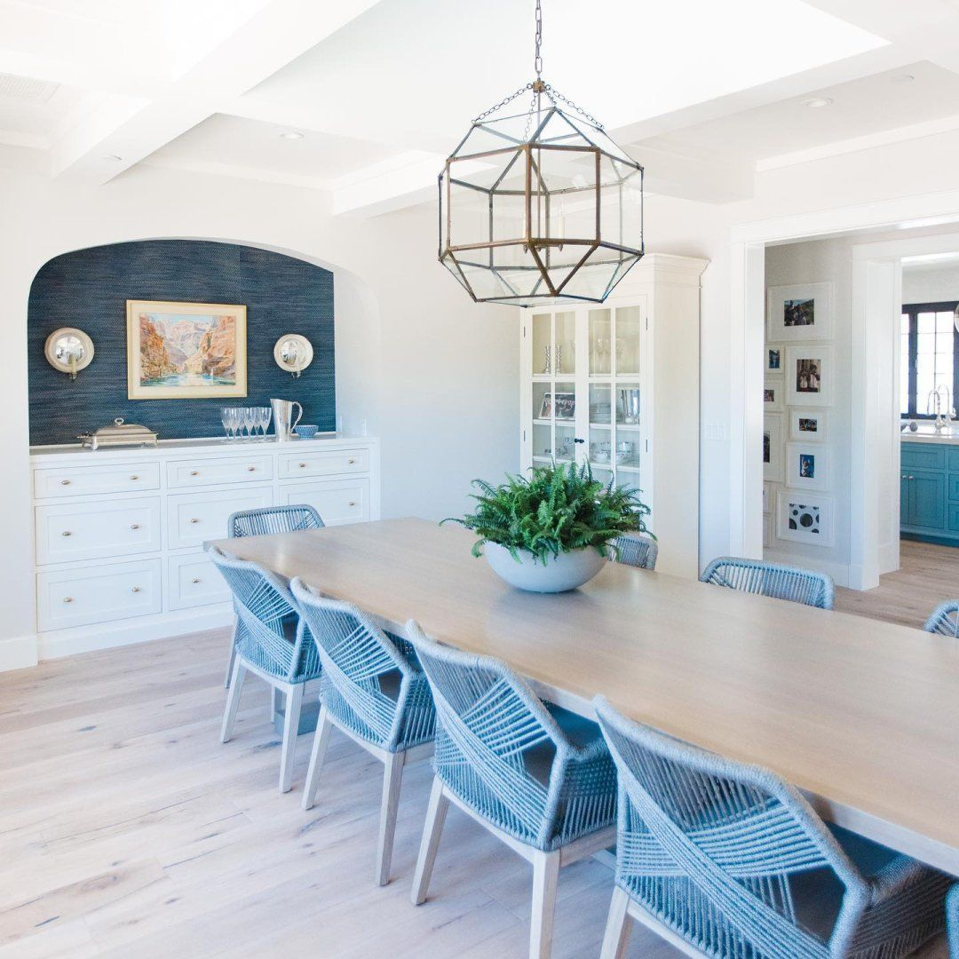 Morris Pendant By Visual Comfort Fitting Perfectly In This Dining Room In 2021 Visual Comfort Dining Room Lighting Cage Pendant Dining room lighting trends