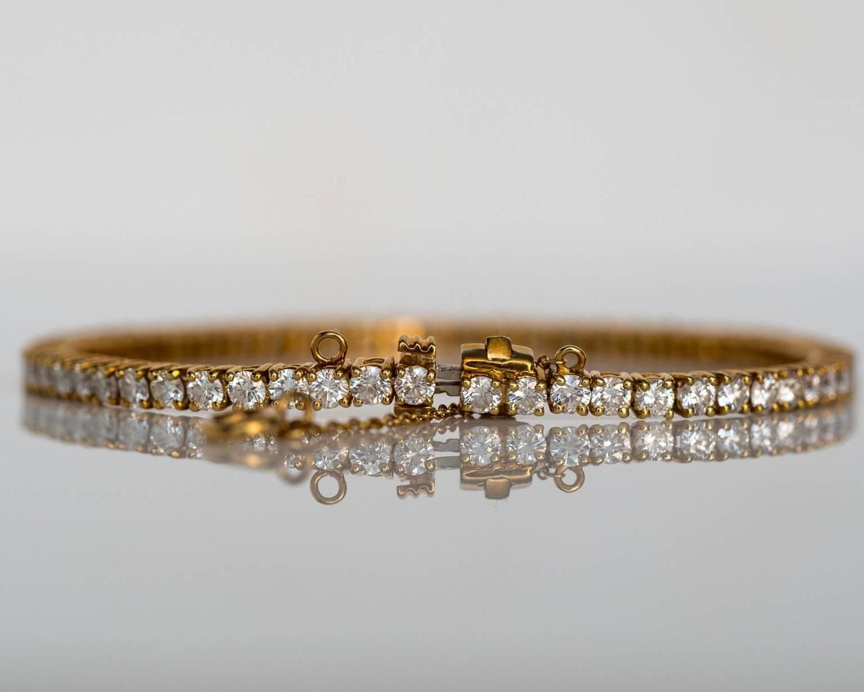 18k Yellow Gold Cartier Tennis Bracelet From A Unique Collection Of Vintage Tennis Bracelets At Https Www 1stdibs Jewelry Tennis Bracelet Diamond Bracelets