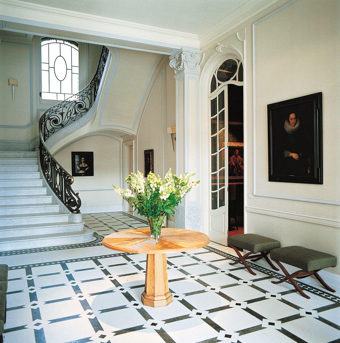 casa seorial el suelo del recibidor es una imitacin de un pavimento hidrulico hecho en mrmol