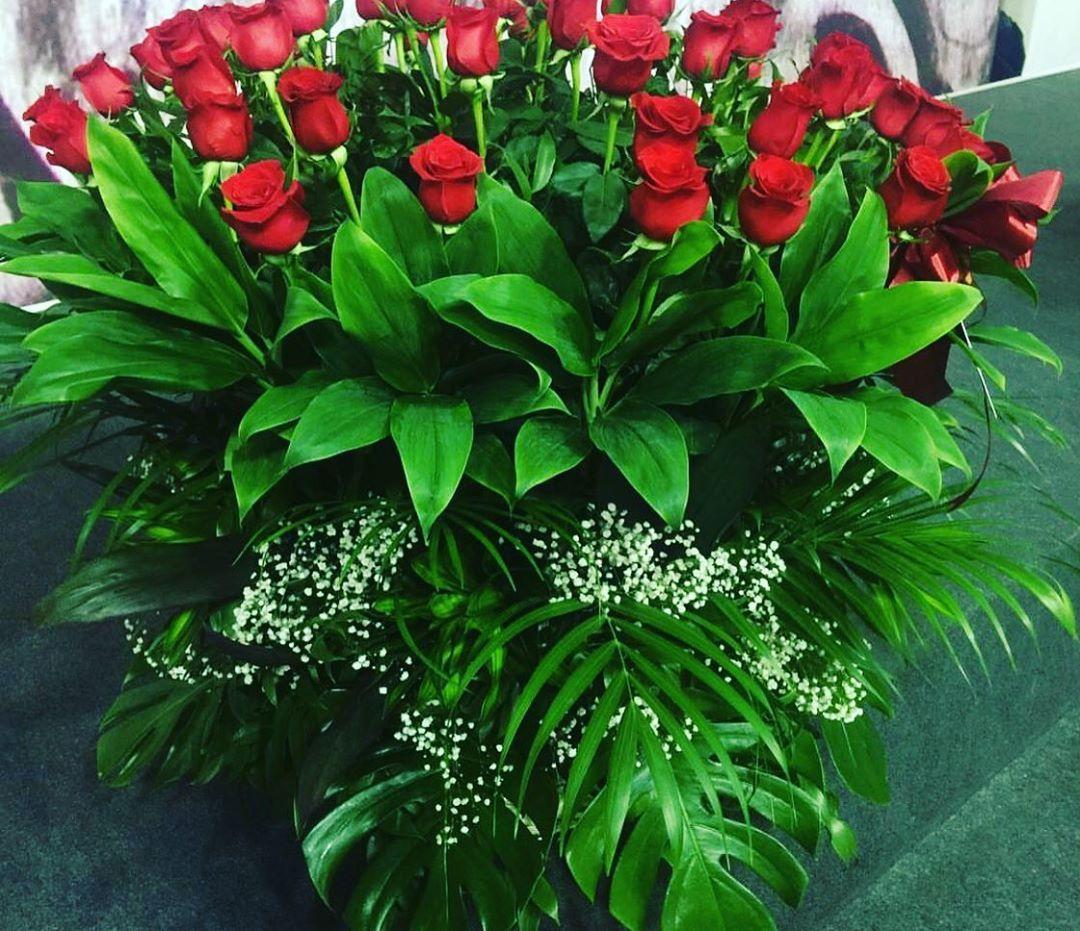 Aztagram Azerbaijan Baku Gl Flowers 101gul Rose 101rose Party Instagram Posts Instagram Flowers