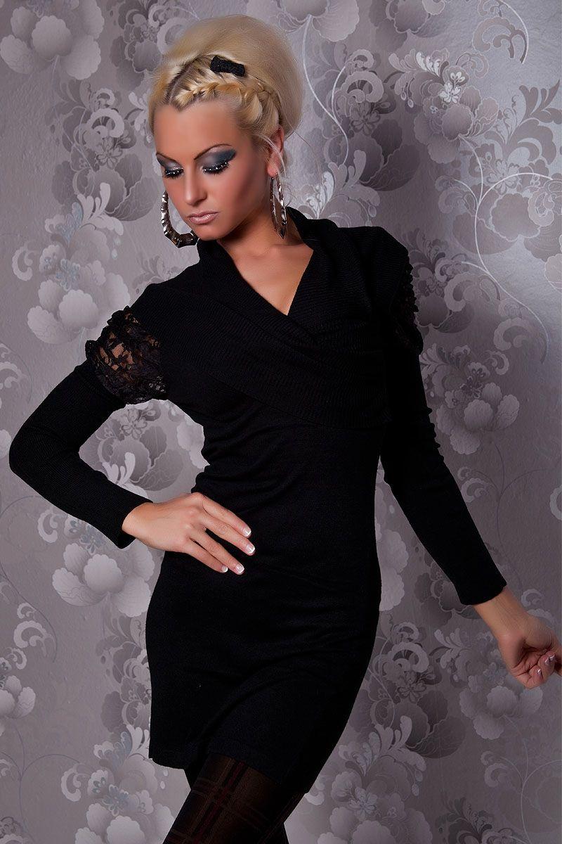 Naisten vaatteet - Mekot ja juhlapuserot - Musta pitkähihainen neulemekko - ClothStation