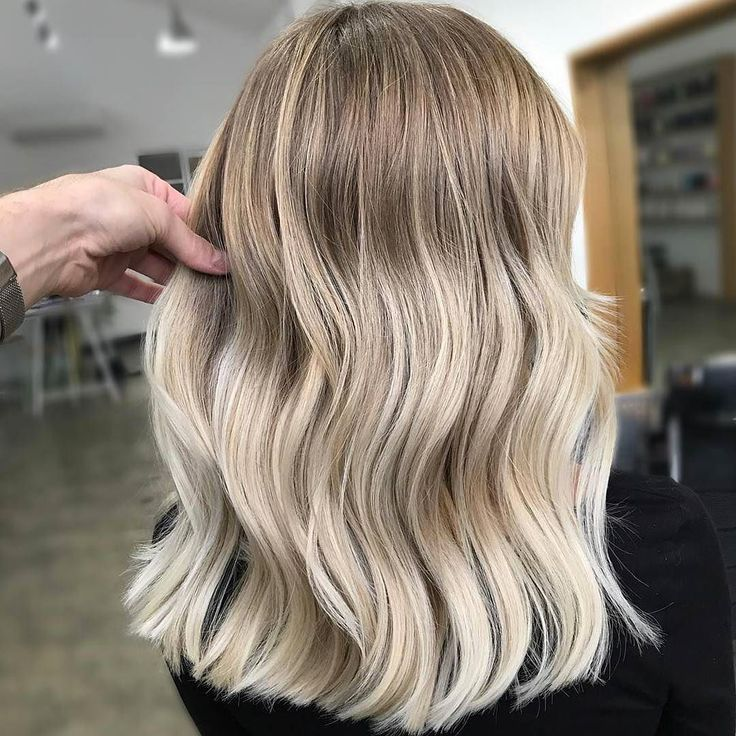 The perfect blonde balayage crop blunt praise and summer blonde | Hairstyle and C …