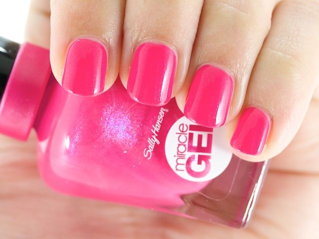 Sally Hansen Launches Miracle Gel 14 Day Wear Light Free Gel Polish | Sally  Hansen, Sally And Nail Polish Style