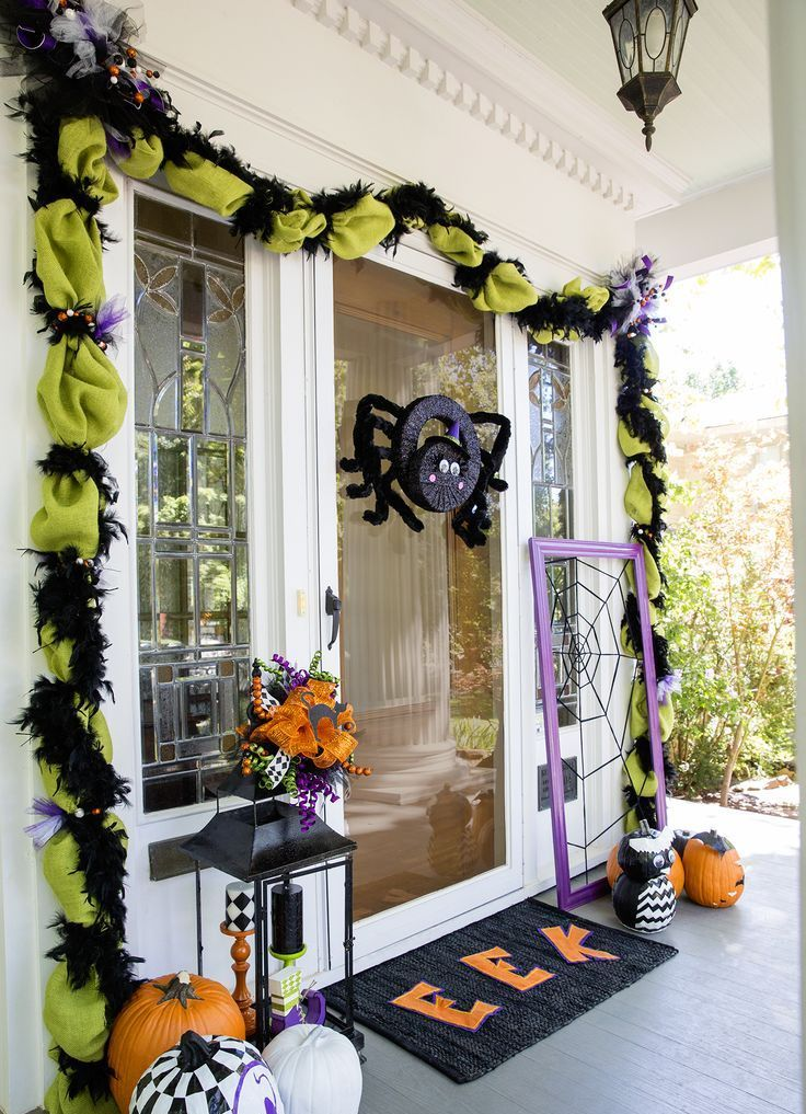 28 Spooky Front Door Halloween Decoration Inspirations Projects To