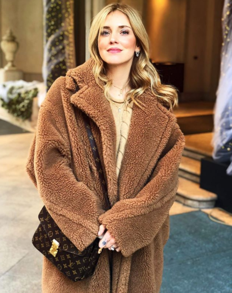 a3c4125e246 Chiara Ferragni wears a brown teddy bear icon coat by MaxMara during these  cold days