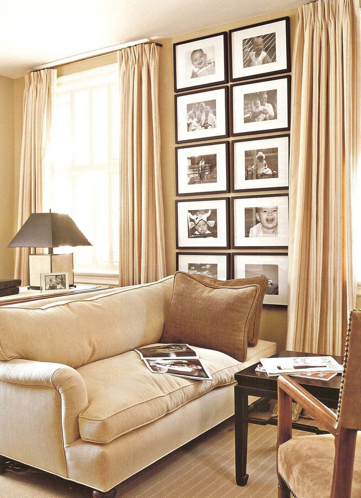 Ideas for displaying photos in a stylish home living area for Living area interior design