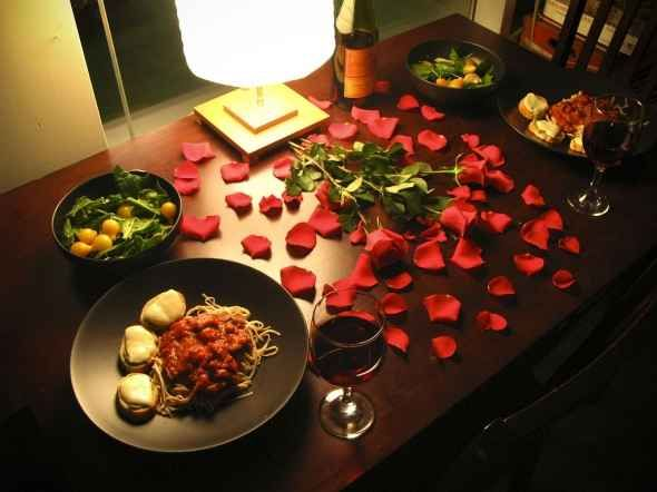 Romantic Table Setting for Two & Romantic Table Setting for Two | Valentines Day | Pinterest ...