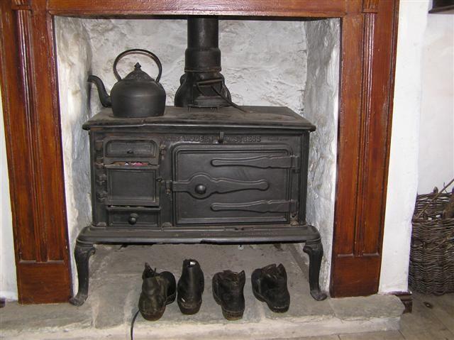 Old Kitchen Range, Living Quarters Of Mountjoy Post Office,Ulster American  Folk Park,