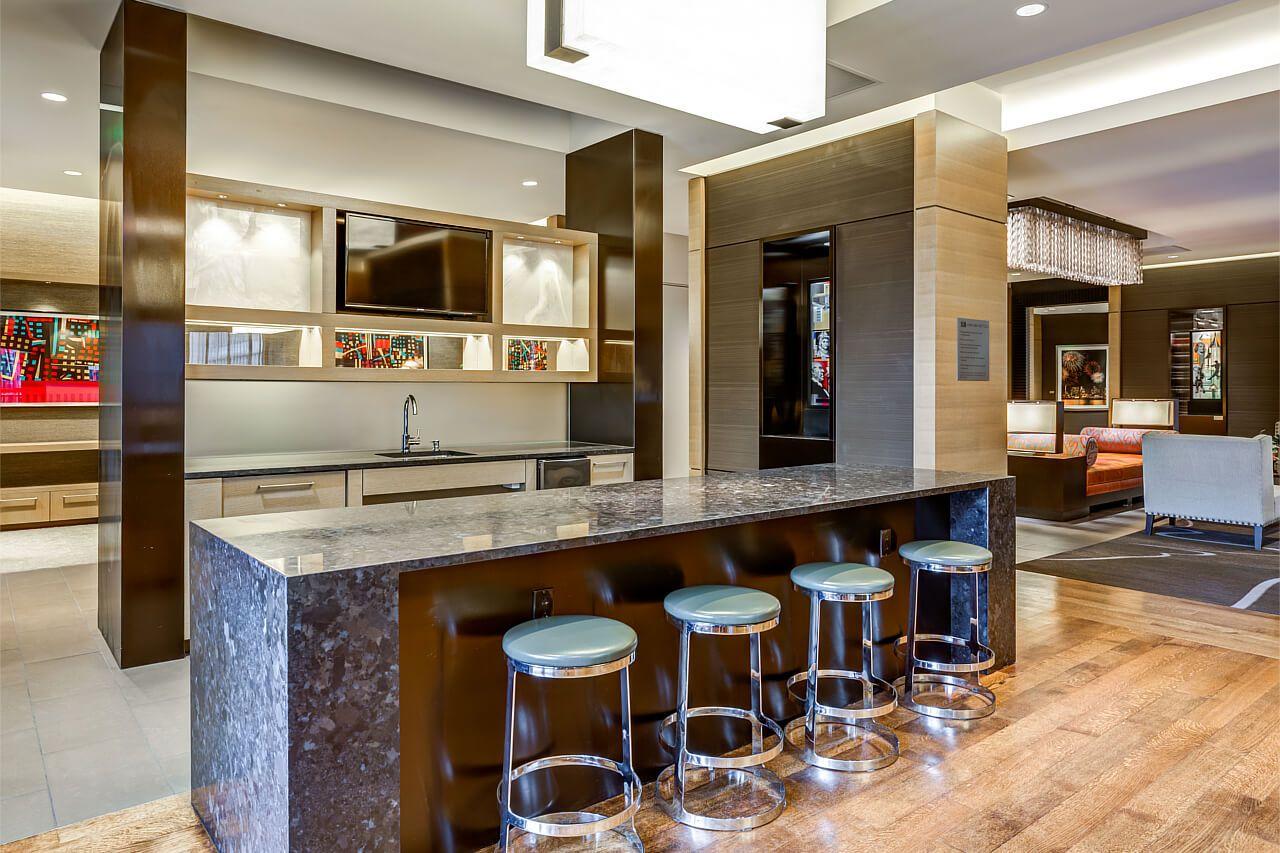 Gorgeous lounge setup in this Boston, Massachusetts luxury ...