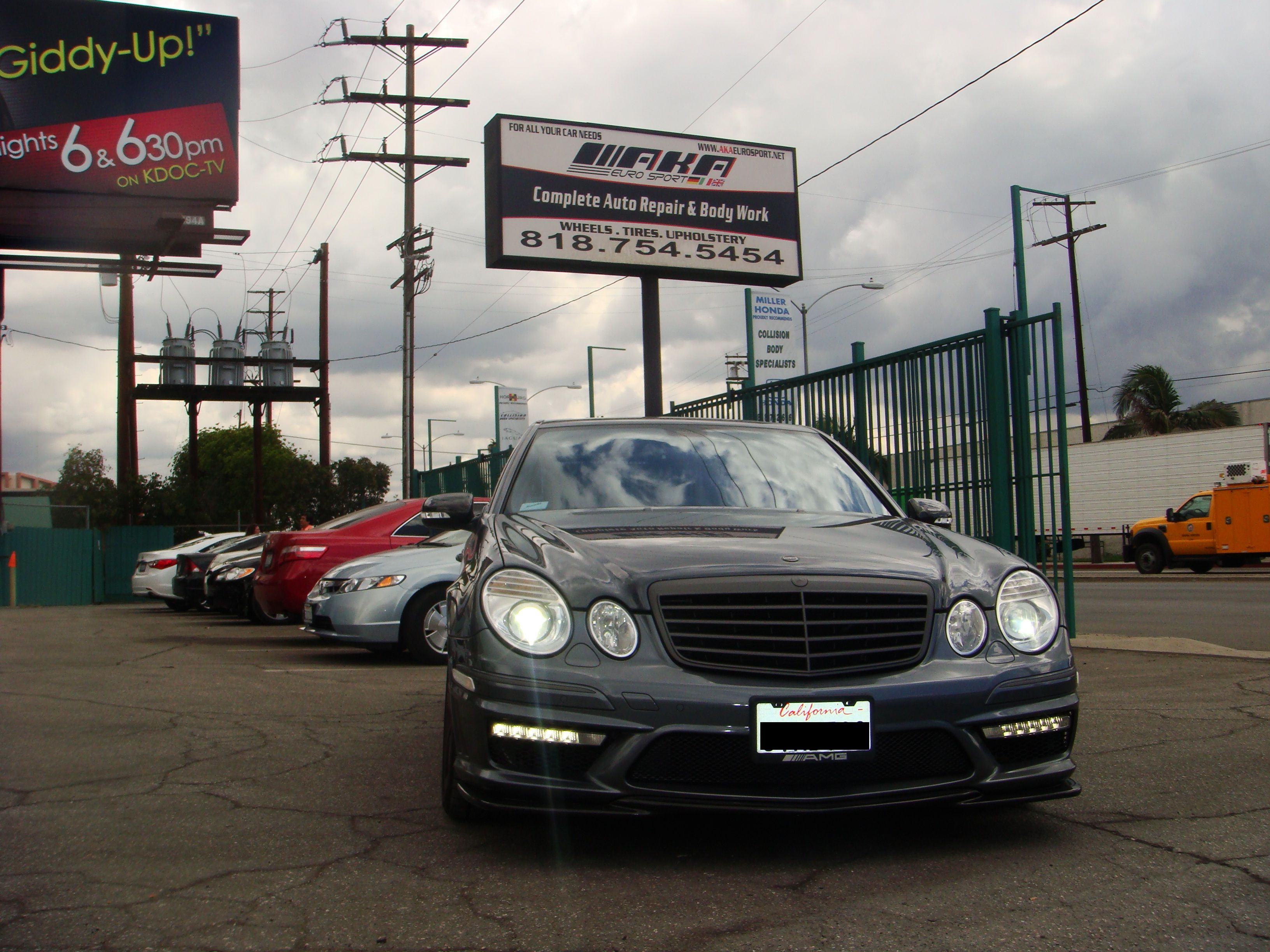 2007 mercedes e63 amg with reventon grey rims front and