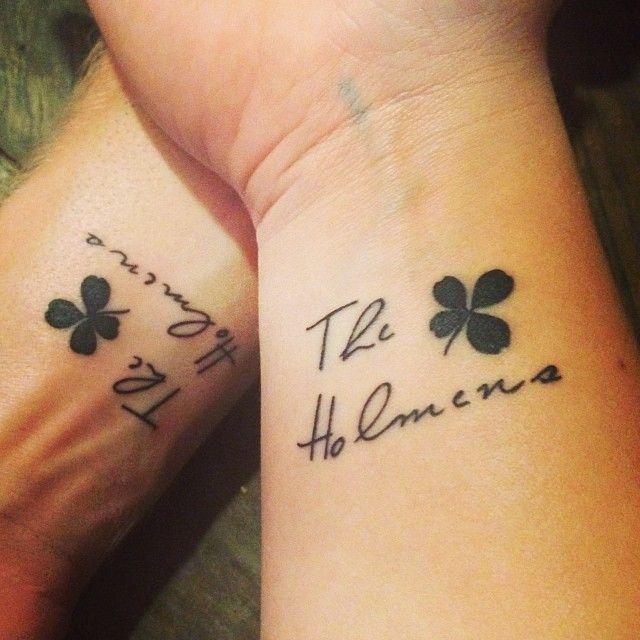 four leaf clover tattoo tattoo pinterest tatouages. Black Bedroom Furniture Sets. Home Design Ideas