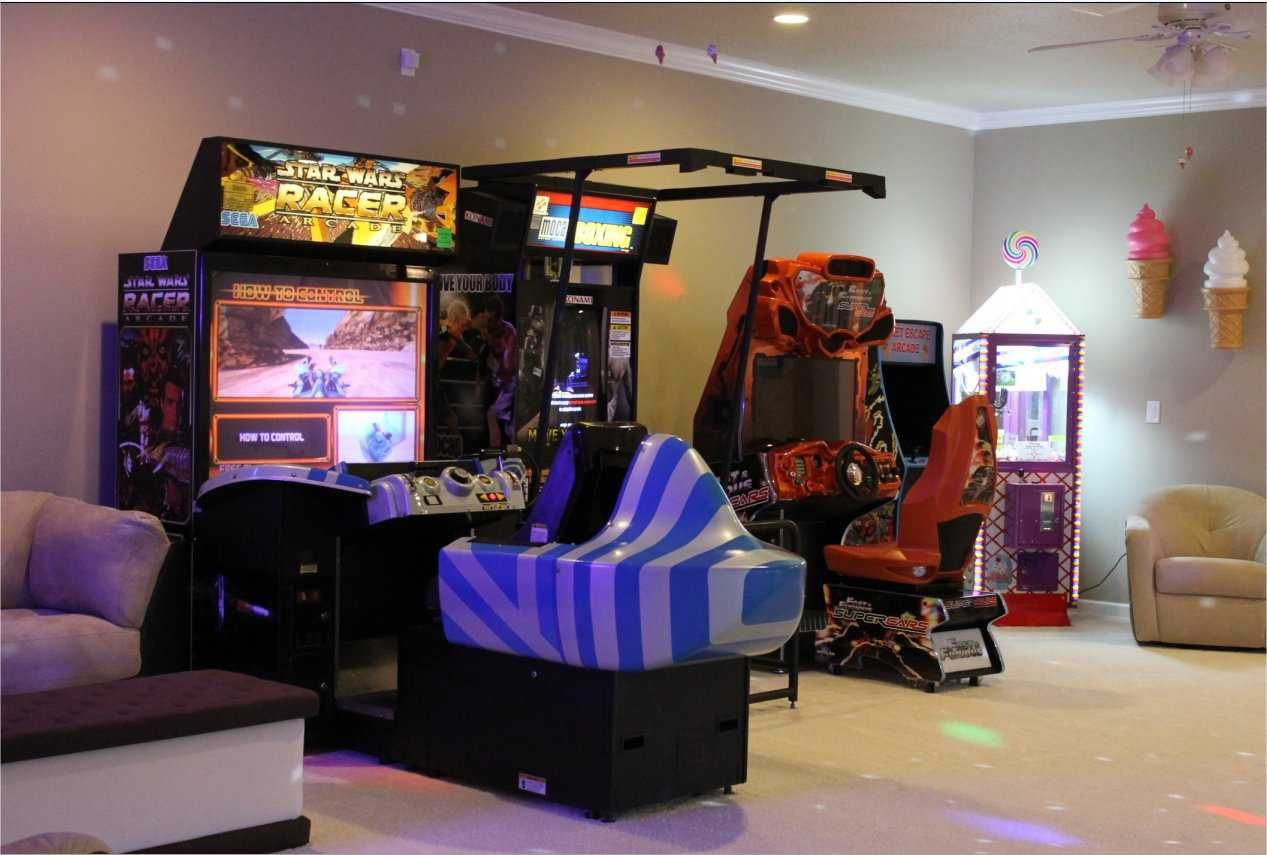 Video game arcade at The Sweet Escape vacation home rental