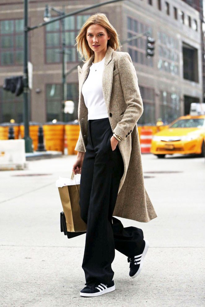 89c4f87fa5d Le Fashion Blog Model Karlie Kloss Fall Winter Style Tweed Texture Coat  Cropped Sweater Wide Leg