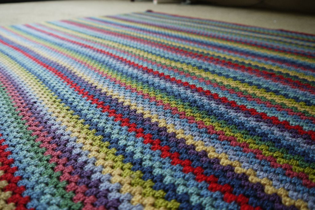 Granny Stripe Blanket | Amazing Crochet | Pinterest