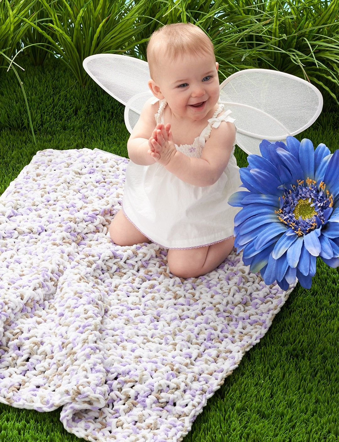 Yarnspirations.com - Bernat Simple Baby Blanket - Patterns ...