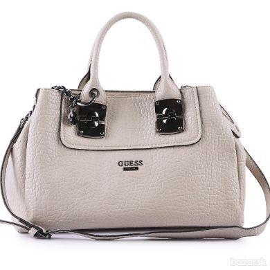 5585d047c Predám kabelku Guess. Kontaktovať emailom, číslo vymyslené.   nakupy