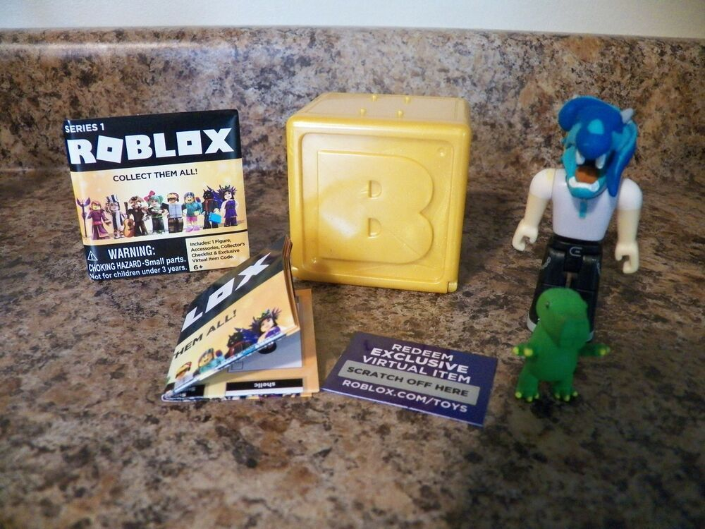 Playrobot Roblox Gold Box Series 1 Toys 3 Figures Play Robot Unused Code Jazwares Roblox Action Figures Game Codes