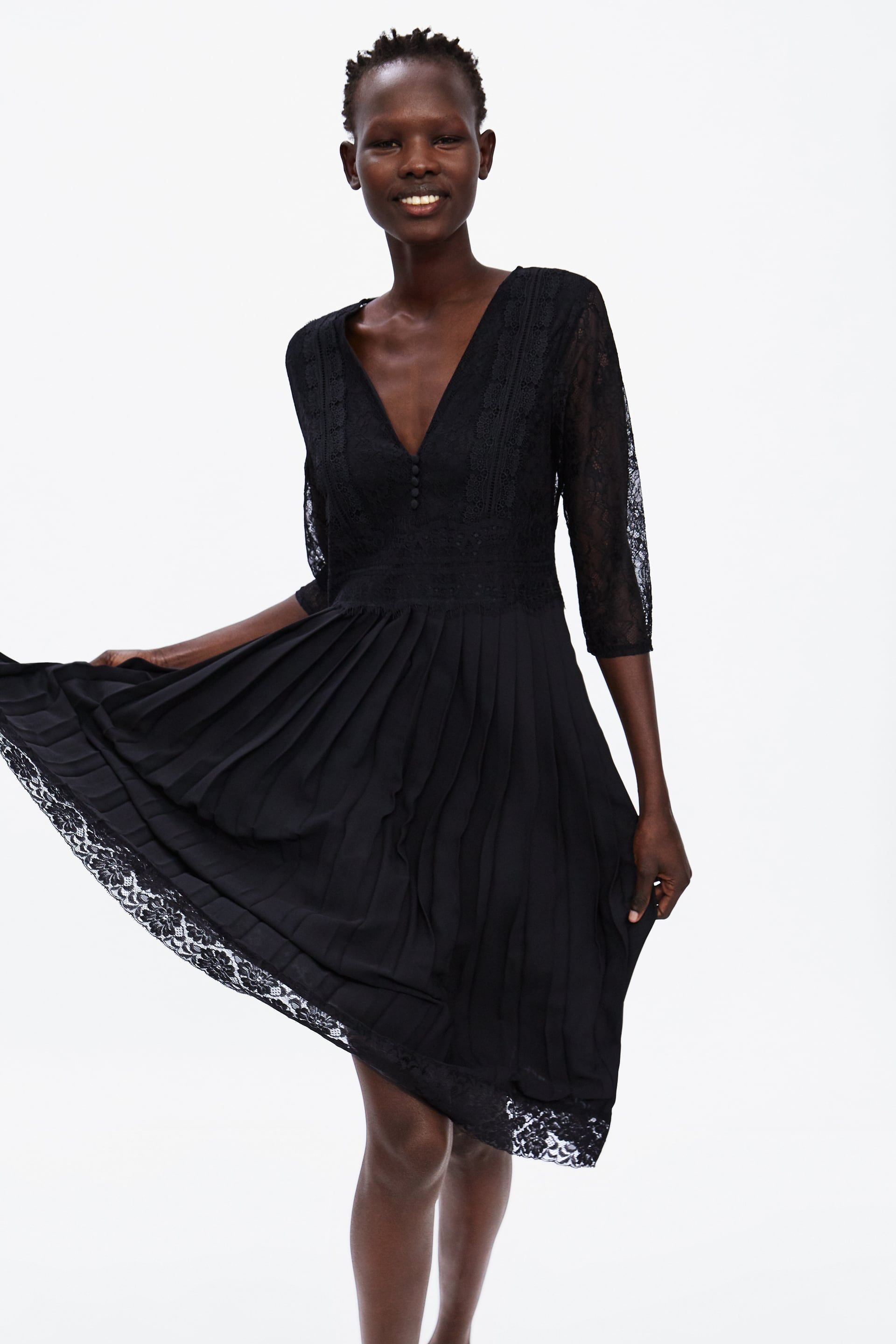 Contrasting Pleated Dress With Lace View All Dresses Woman Zara United States Kleider Plissierte Kleider Kleid Spitze