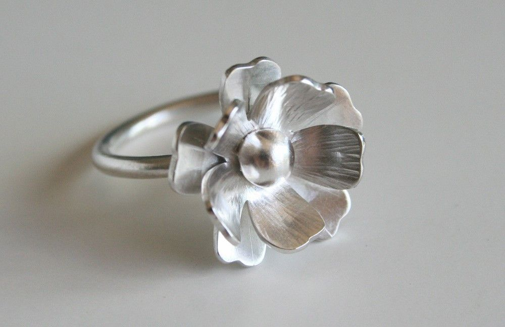 Silver Flower Ring, Gift for Her, Big Flower RIng, Statement Ring, Silver Statement Ring, Statement Ring, Big Ring, Artisan Jewelry, 925