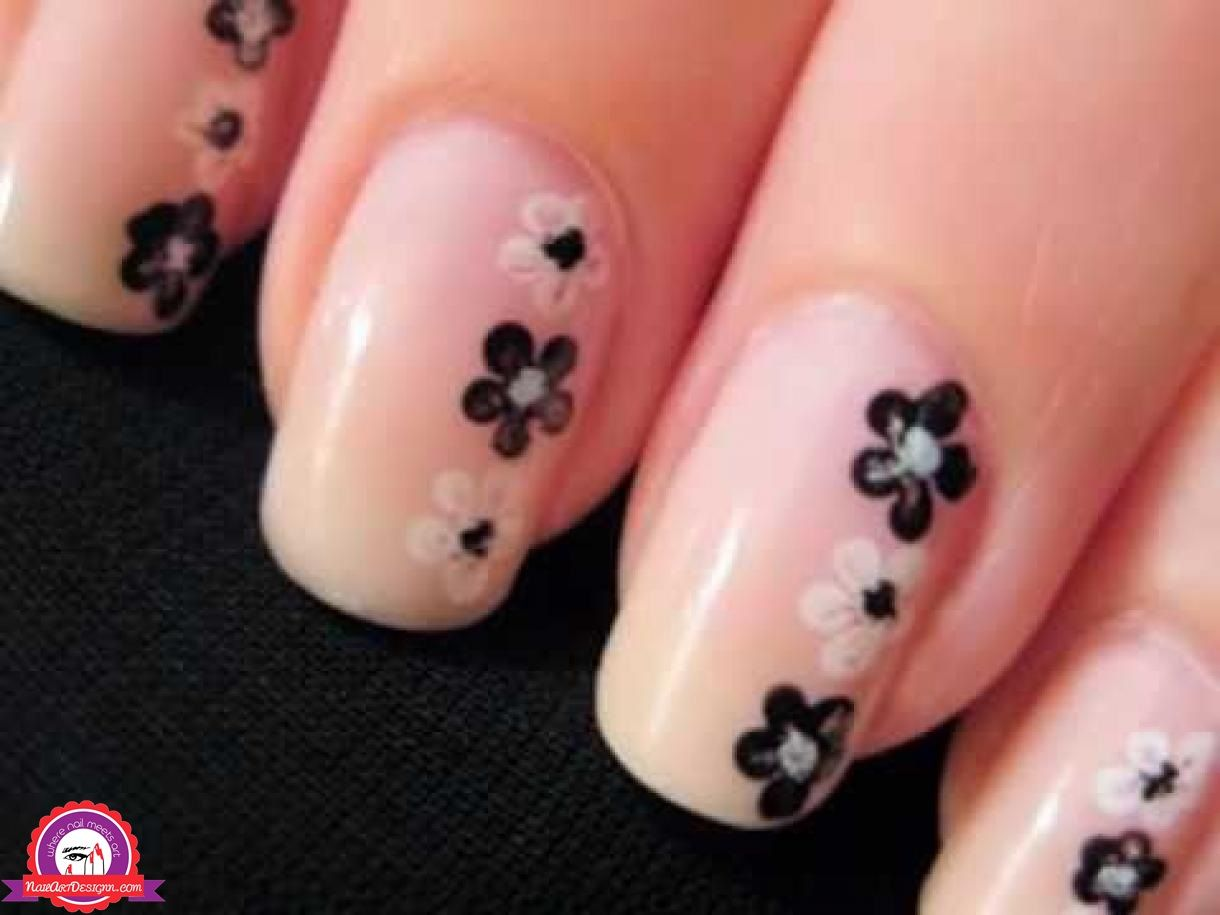 The simple nail art designs for beginners are cool nail art