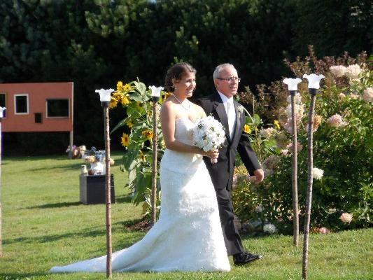 Flea Market Gardening 12 Ideas For Weddings Country Wedding Signs Flea Market Gardening Wedding