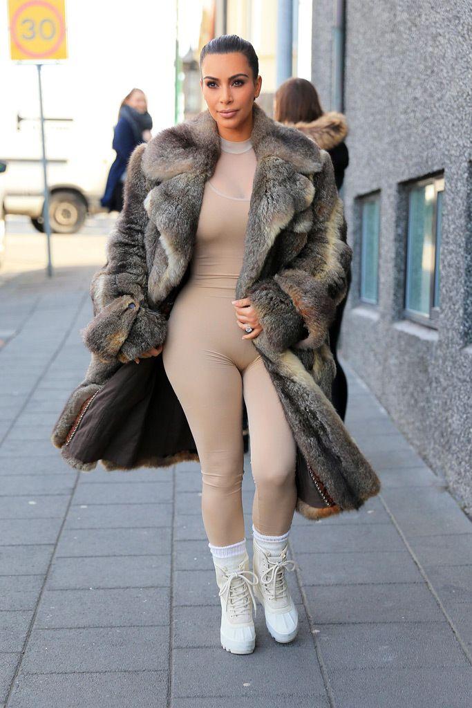 d03a9e668 Kim Kardashian wearing white Yeezy 950 boots in Iceland.