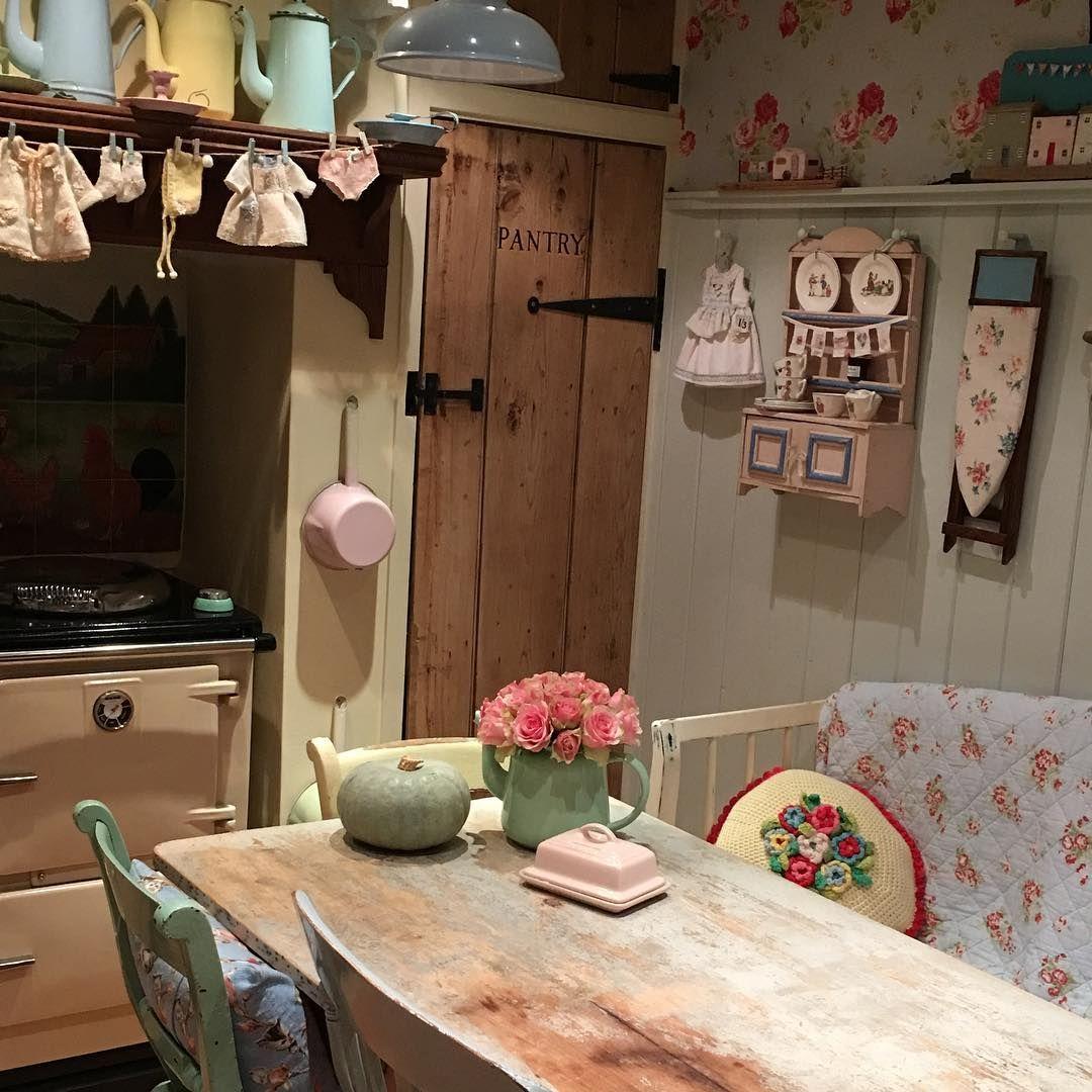 945 отметок «Нравится», 27 комментариев — Periwinkle Cottage ...