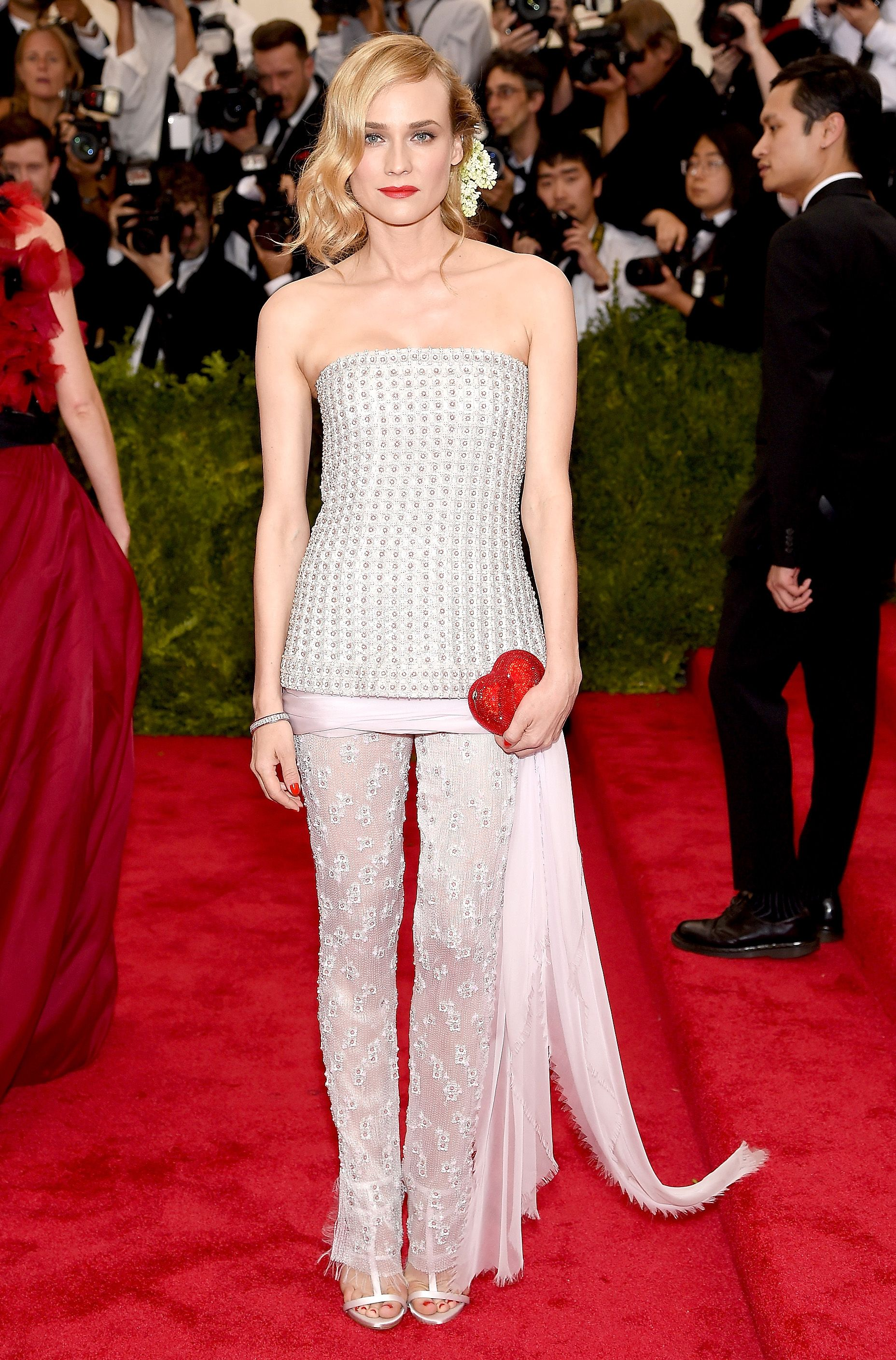 of the most shocking stunning and memorable moments in met gala