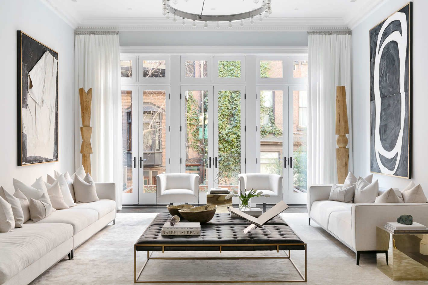 An Apartment Stager Picks Her Favorite Expensive Looking Staging Furniture Affordable Living Room Decor Affordable Living Rooms Living Room Decor Apartment