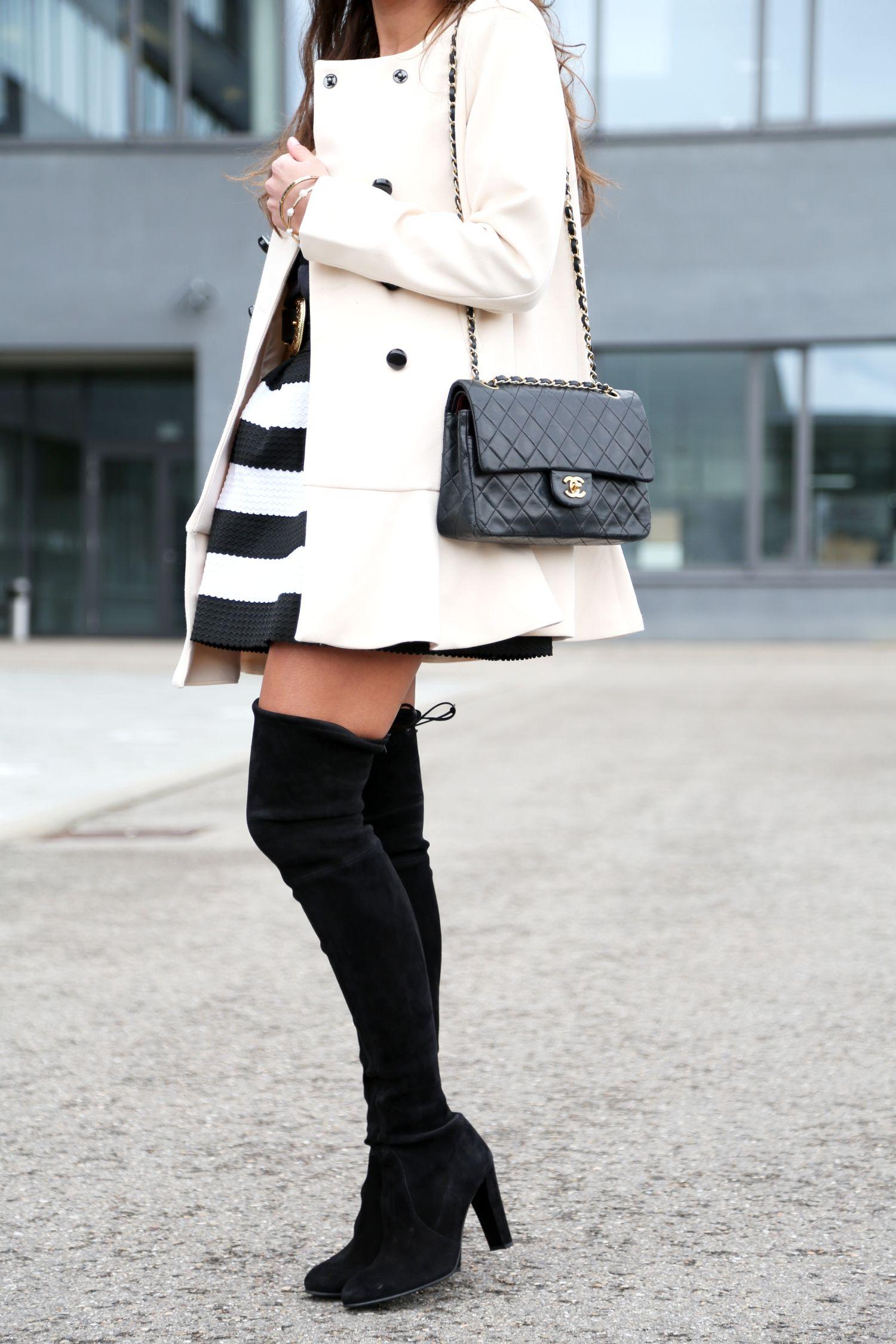 33d174423b4 outfit-details-stuart-weitzman-overknees-skirt-chanel-bag-2.55