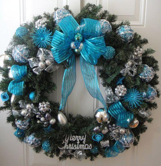 Decoraci n de navidad color turquesa color turquesa for Arbol navidad turquesa
