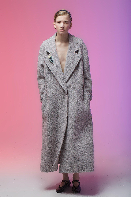 Vika Gazinskaya Fall 2016 Ready-to-Wear Fashion Show