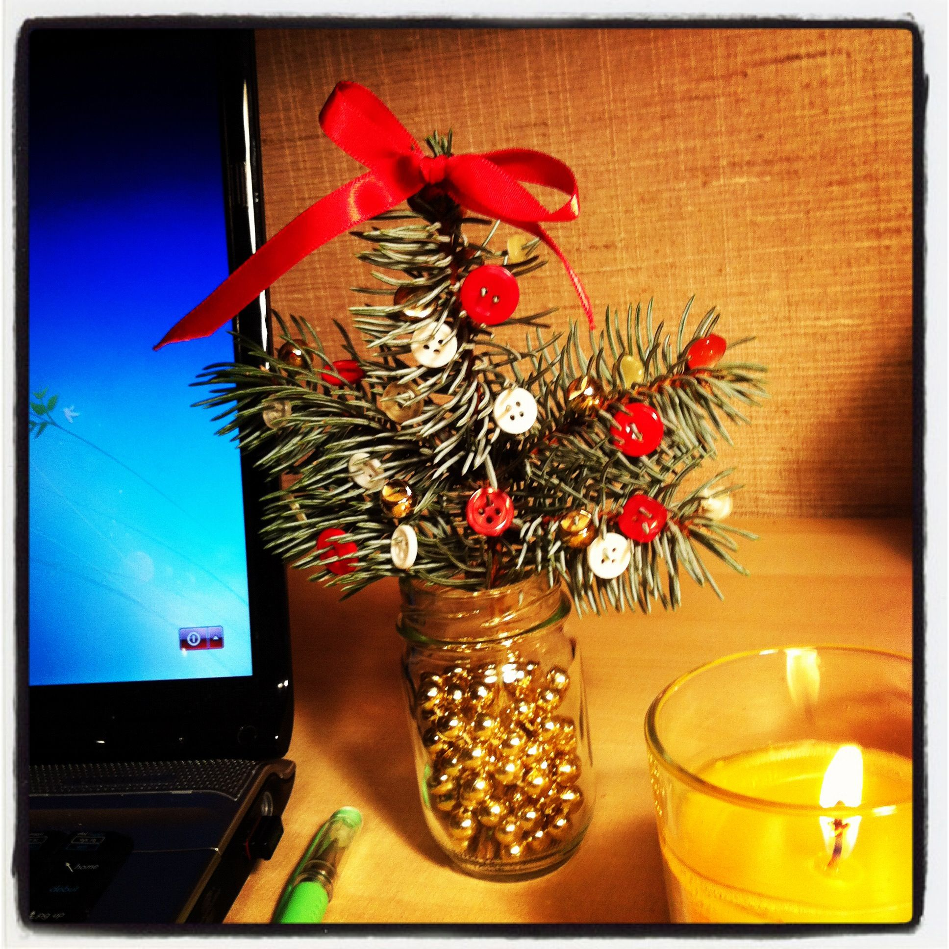 Apartment sized Christmas tree on a student budget