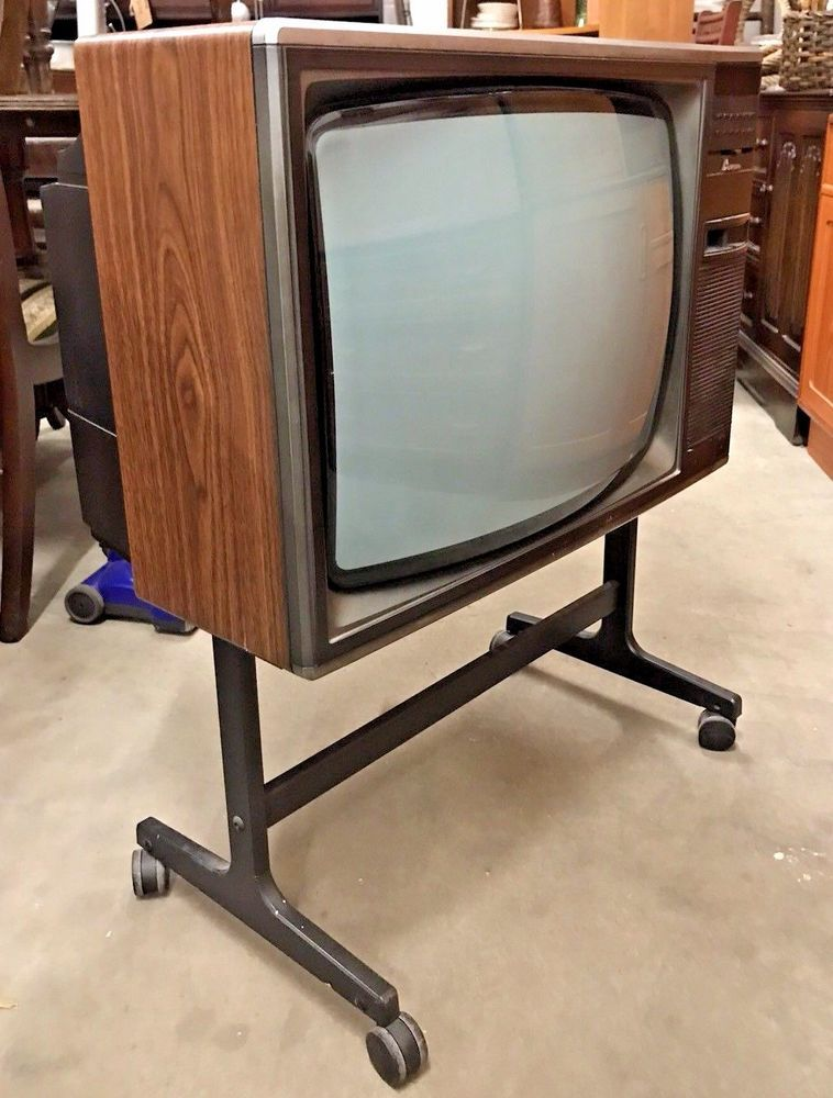 140 Old Tv Sets Ideas Old Tv Vintage Tv Vintage Television
