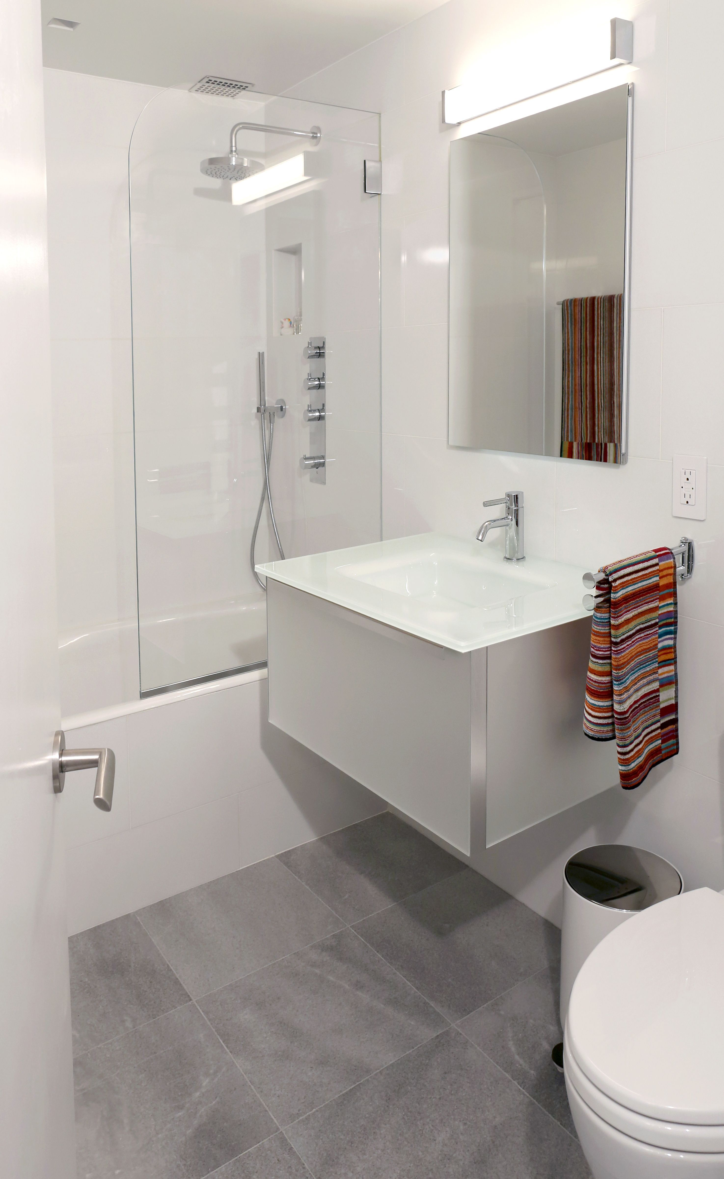 Upper West Garden Condo by Leonora Mahle, LLC - Modern Bathroom ...
