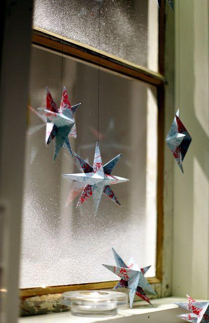 Oh So Ihana!: Paperitähtiä jouluikkunaan